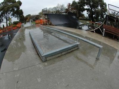 Reservoir Mini Ramp